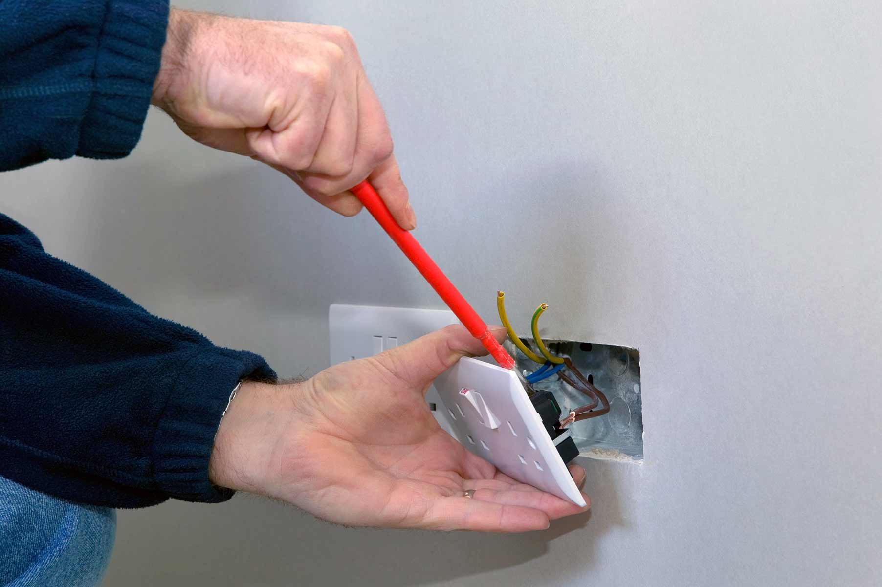 Our electricians can install plug sockets for domestic and commercial proeprties in Enfield and the local area.